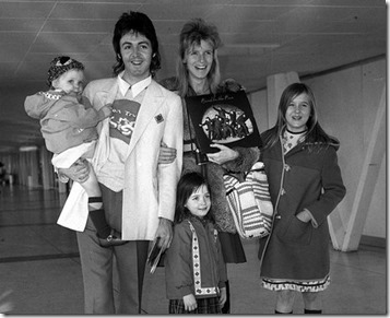 paul-mccartney-and-family-1340012506-view-1