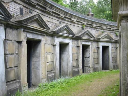 High-cemetery-circle