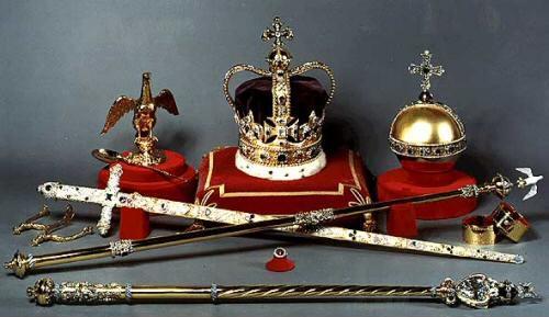 Coronation-accessories