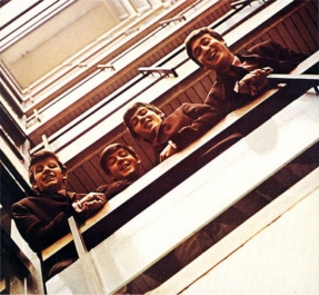 the_beatles_emi_house_stairwell_1963