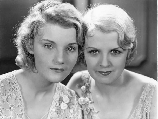 helen-chandler-and-frances-dade-in-dracula-1931