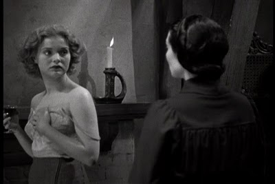 Draculas-Daughter-19362
