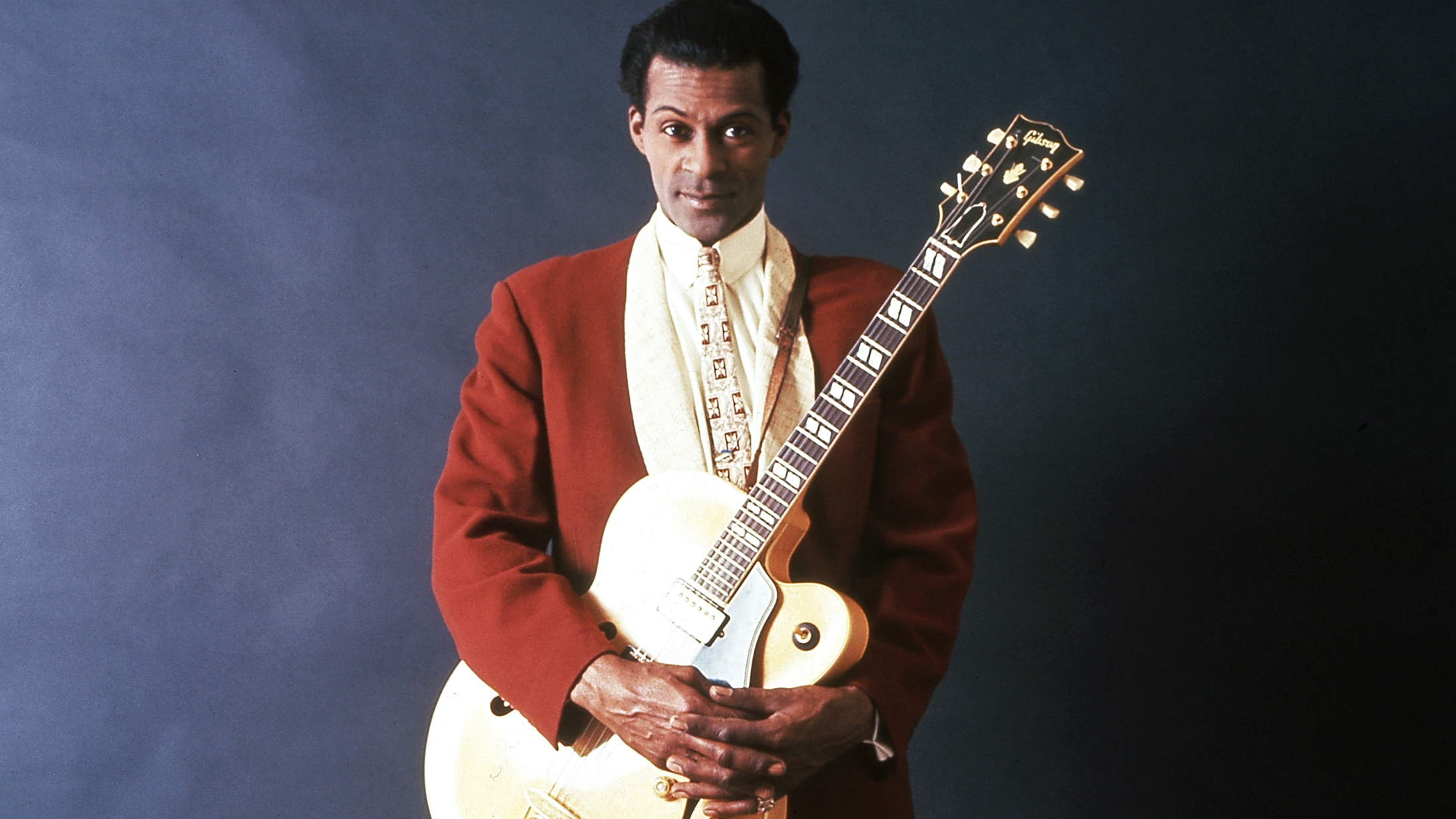 chuck-berry-essential-list-songs-listen-ed817d62-1b80-49b9-8a45-4d90294ec90a